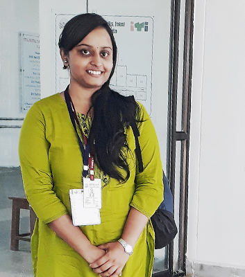 Student Aishwarya Nandita is one of Bhubaneswar's everyday heroes. She works as a volunteer publicising the new app for combating flooding.